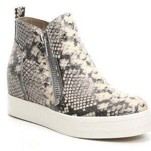 STEVE MADDEN snake wedgie platform shoes 8.5